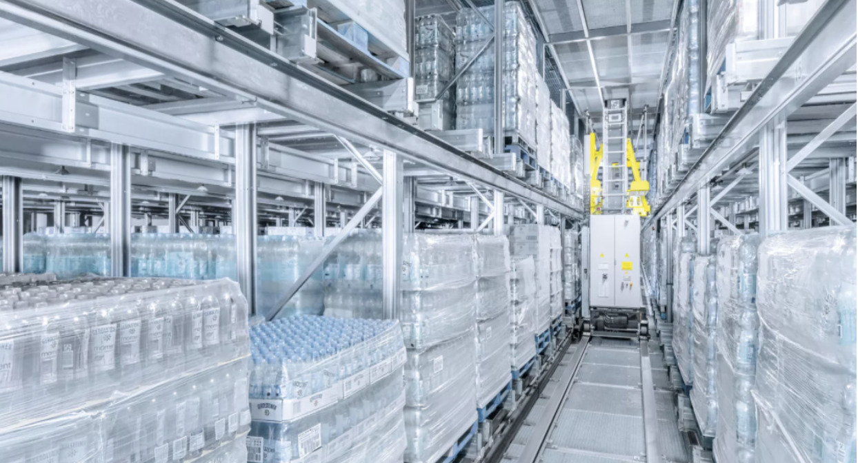 """Why the Lift & Run """"Stacks Up"""" for Food & Beverage Distributors"""